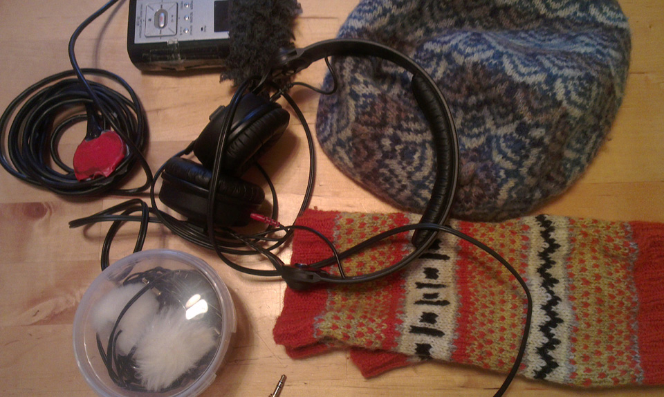 KNITSONIK recording kit with EDDIE, Wonders of Electricity Mitts and Caller Herrin' hat - high wool content for recordist comfort and lack of annoying clothes noises in the recordings