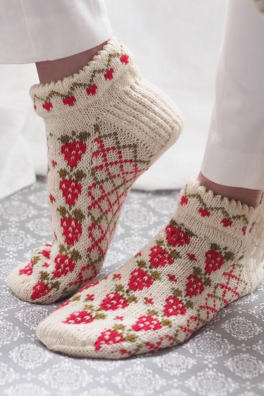 Sock Pattern Using Two Needles