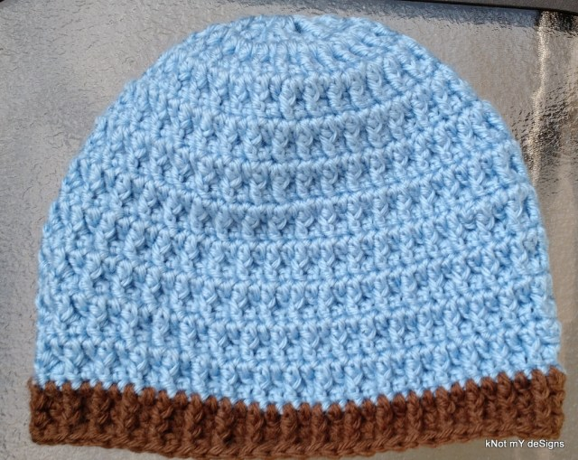 Winter / Fall Seasoned Crochet Waffle Look Beanie Free Pattern - kNot mY deSigns