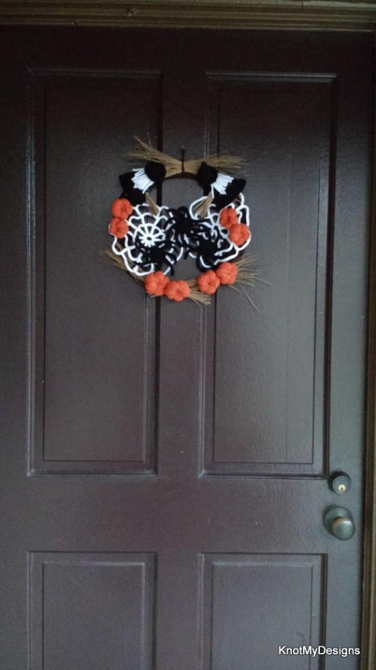 Crochet Home Decor Item - Halloween Wreath Free Pattern - Knot My Designs