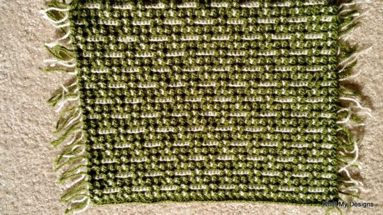 Crochet Green Cream color mix Mosaic Placemat / Table Mat Free Pattern for your dinning Table - Knot My Designs