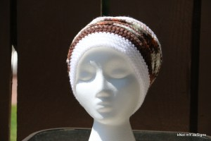Crochet winter/fall Sylvan Slouchy Hat free Pattern for an adult woman - Knot My Designs