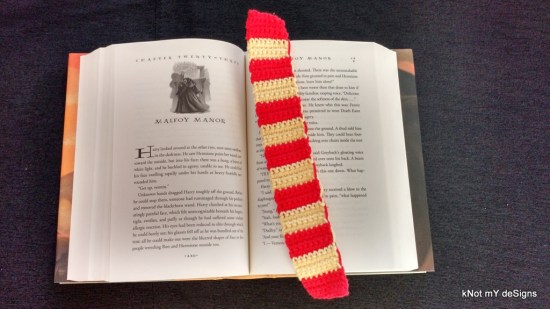 "Hogwarts House ""Gryffindor"" Scarf Bookmark Free Pattern for Harry Potter Novel Series lover! - Knot My Designs"