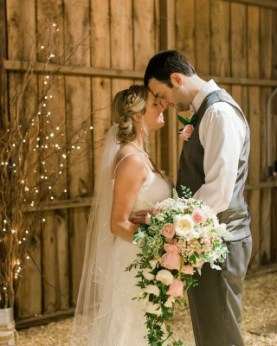 Bride & Groom Photo with Cascading Bouquet