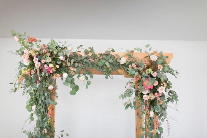 lush-flowers-ceremony-arbor