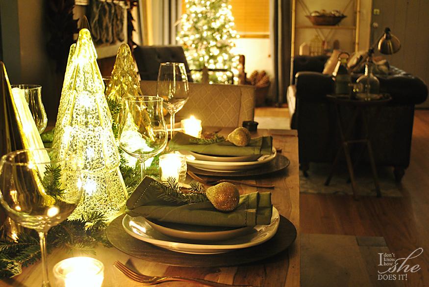 Top Favorite Christmas Posts Dinner Table