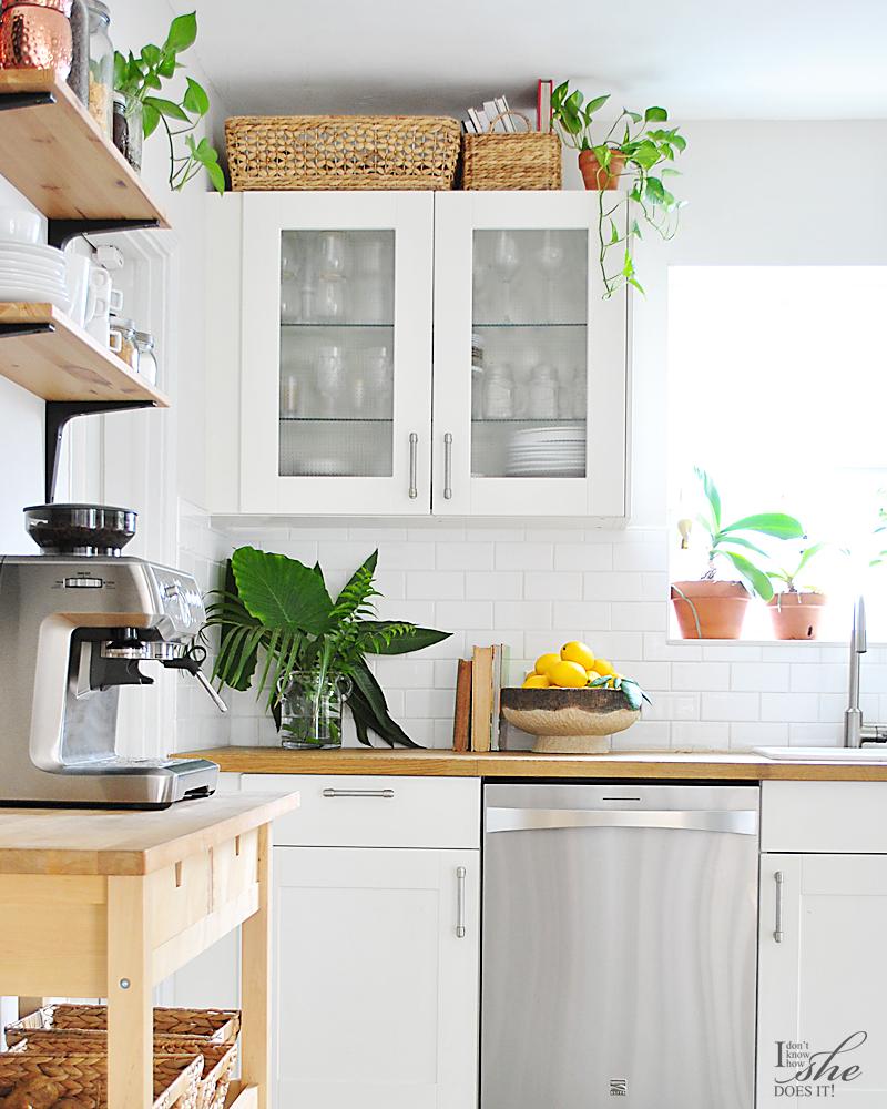 Kitchen summer paradise decor
