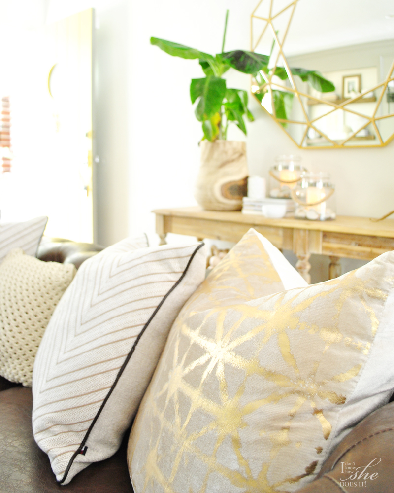 Summer inspired sofa pillows