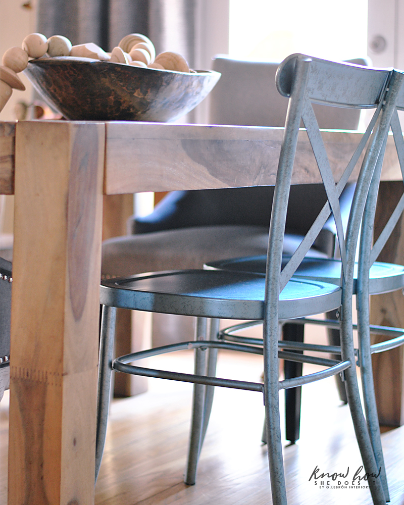 Simple dining room metal chairs