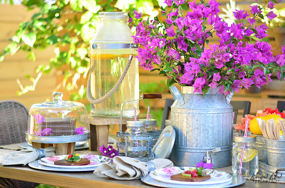 Bringing simple spring decor to outdoor entertaining Cake Stand