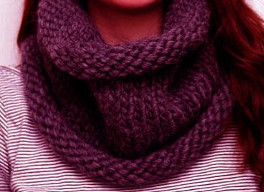 Chunky-snood-Knitting