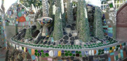 TKG KNOW: Living LA History – A Guide to Watts Towers