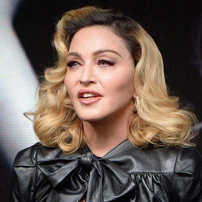 """""""Shoo-Bee-Doo"""" Song Lyrics by """"Madonna"""""""