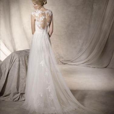 La Sposa by Pronovias Halago Size 12 2017 Collection