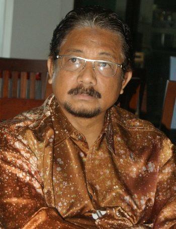 Kyai Zul Curhat Saat Pelaksanaan Progress Report