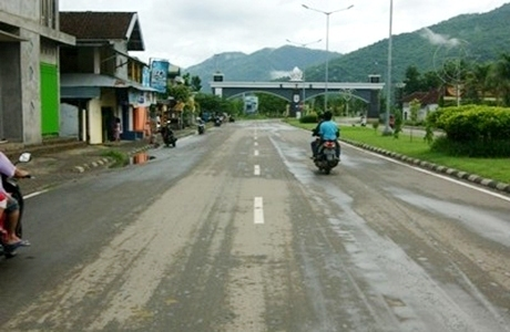 Paku Jalan KTC Didesak Untuk Dicabut