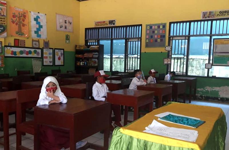 Seluruh Sekolah di KSB Mulai Belajar Tatap Muka