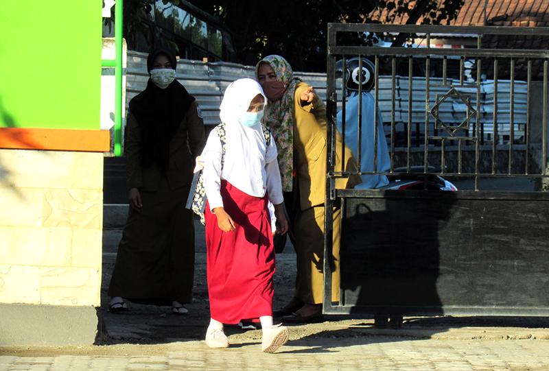 Siswa Kelas VI dan Kelas IX di Sumbawa Barat Dibolehkan Masuk Sekolah