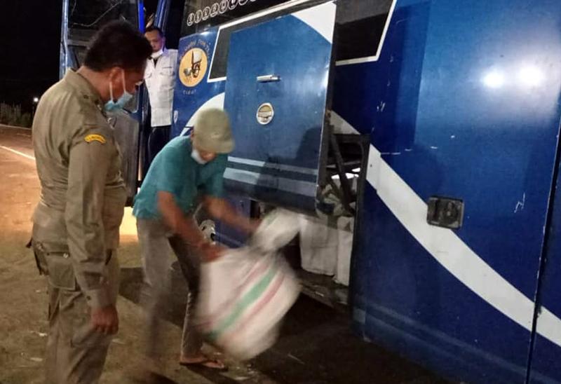 Daging Babi Tanpa Dokumen Kembali Disita di Pelabuhan Poto Tano