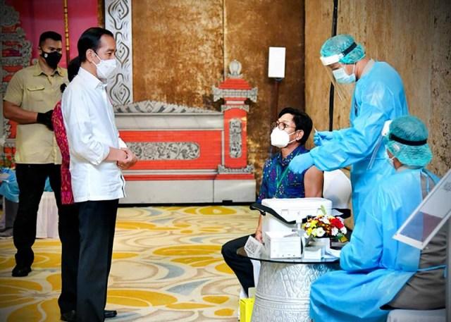 Vaksinasi Massal di Bali 1