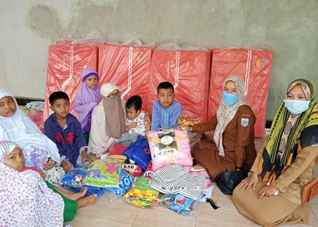 LKS Peduli Sesama KSB Bantuan selimut dan tempat tidur kepada Panti Asuhan Baiti Nur Jannah Pakirum Kecamatan Taliwang