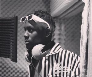 """Ghanaian Afro-Dancehall Artiste, Larruso Tells His Musical Journey In New Video """"One Man"""""""