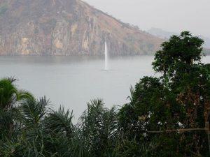 Lake Neos in Dominica بحيرة نيوس