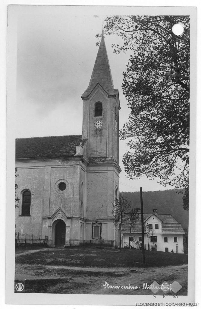 Cerkev Marijinega vnebovzetja v Stari Cerkvi. Avtor fotografije: Vekoslav Kramarič. Hrani: Slovenski etnografski muzej.