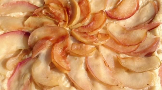 Apfel-Hefekuchen aus der Pfanne