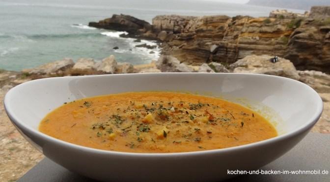 Möhren-Suppe / Karotten-Suppe oder falsche Kürbis-Suppe!