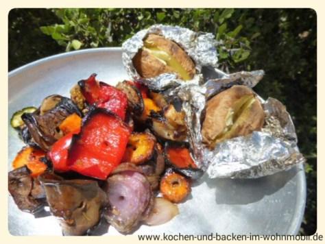 Glutkartoffeln und Grillgemüse http://www.kochen-und-backen-im-wohnmobil.de