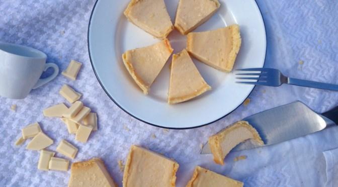 Käsekuchen amerikanischer Art gebacken im Omnia-Backofen {American Cheesecake}