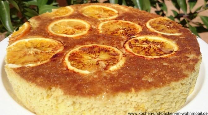 Portugiesischer Reiskuchen aus der Pfanne mit Orangen / Bolo de Arroz com Laranja