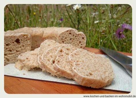 Sauerteigbrot www.kochen-und-backen-im-wohnmobil.de
