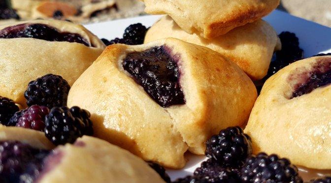 Fruchttaschen oder Hand Pies: im Omnia Backofen und in der Pfanne gebacken