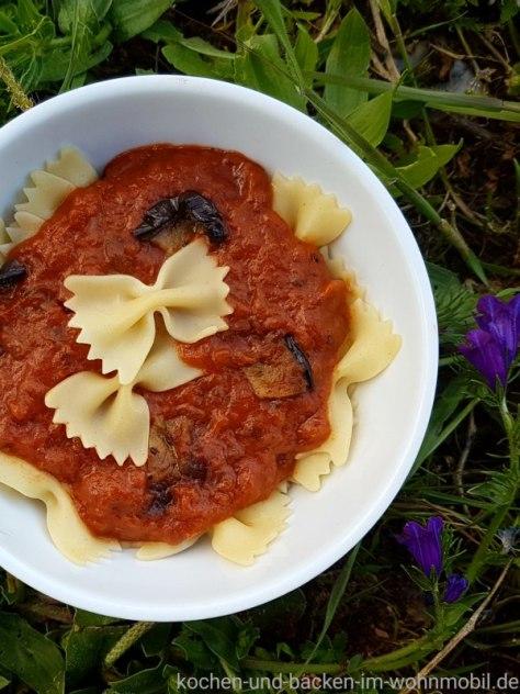 Tomatensauce mit Auberginen
