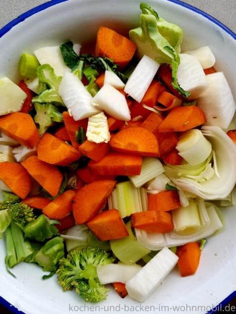 Einfach selber machen: Gemüsebrühe Besser als jede Fertigmischung!