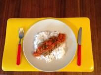 Bouletten mit Tomaten-Paprika-Möhren-Sosse auf Reis