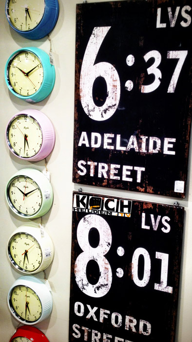 Uhren_und_Schilder