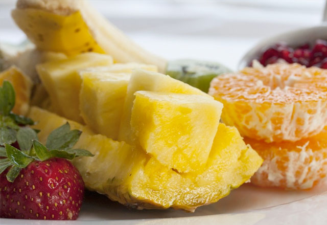 Ananasschneider