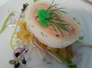 Roulade von der Rotzunge mit Wasabicaviar auf gebratenen Safran-Fenchelsalat