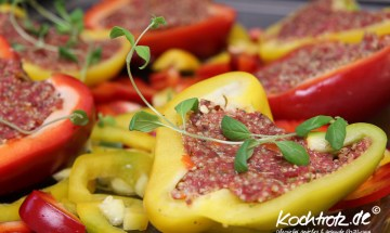 Gefüllte Paprika mit Quinoa und Hack