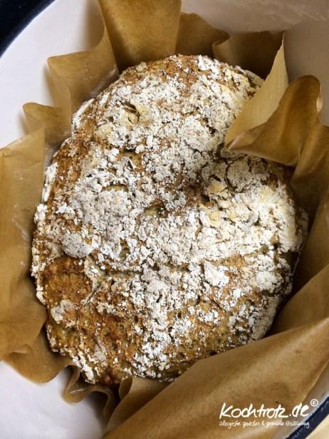 quinoa-sauerteigbrot-glutenfrei-rezept-kochtrotz-1-22