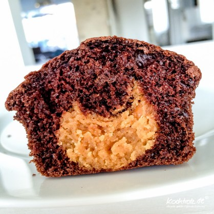 schoko-muffin-mit-erdnuss-kern-rezept-vegan-1-5