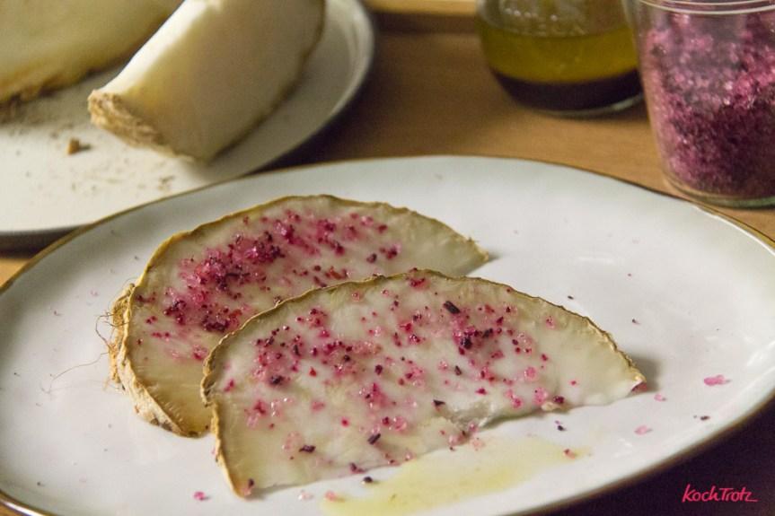 Ofen-Sellerie im Ganzen gegart, einfach und sehr lecker