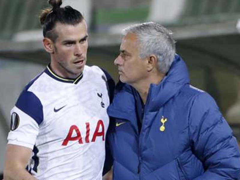 Mourinho urges Bale to step up in 'crucial moment' for him at Tottenham