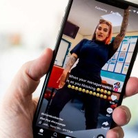 TikTok tests Q&A feature that lets creators answer questions by text or video