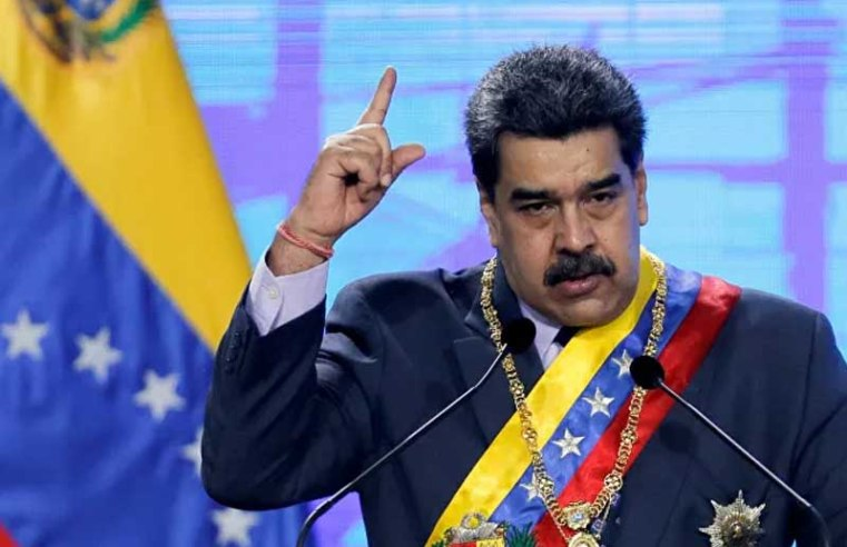 Maduro Accuses West of 'Envy Attack' Against Russian-Made COVID-19 Vaccine