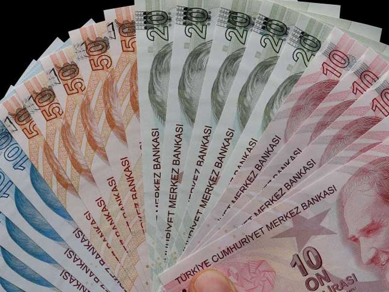 Turkish swap rates surge to more than 9,000 percent in lira exit