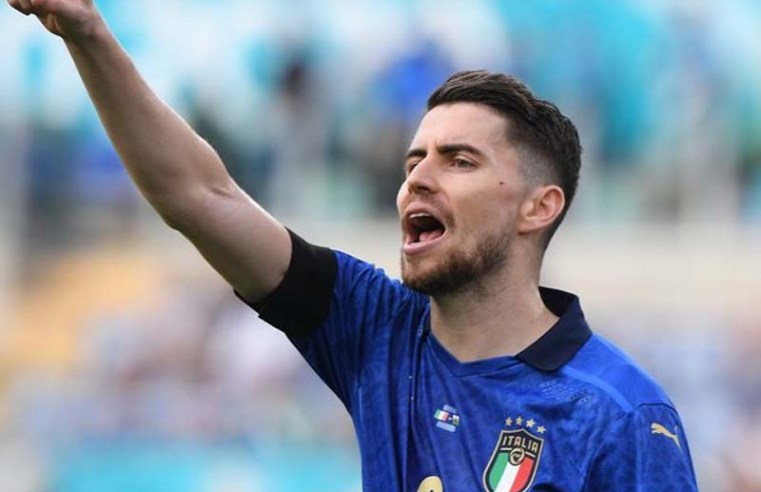Jose Mourinho and Pep Guardiola proven right about Chelsea's Jorginho after starring Italy role